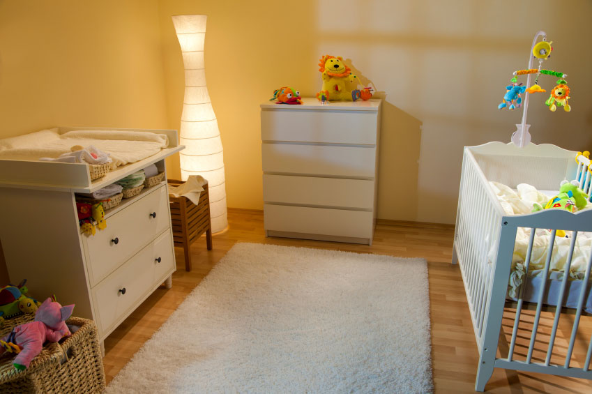 Babykamer Ideeen Kleine Kamer : Babykamer inrichten – muurstickers ...